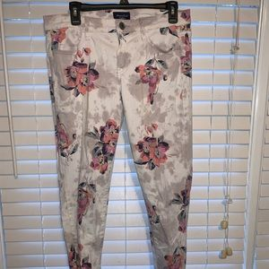 American Eagle Size 12 Floral Jeans